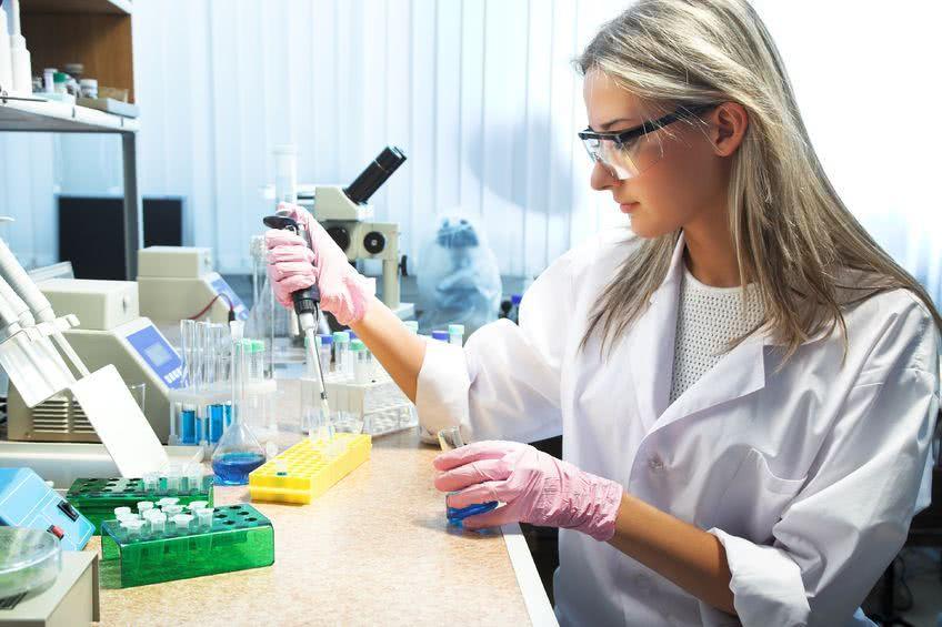 Акупунктура не дает отчаяться пациенткам онкологии