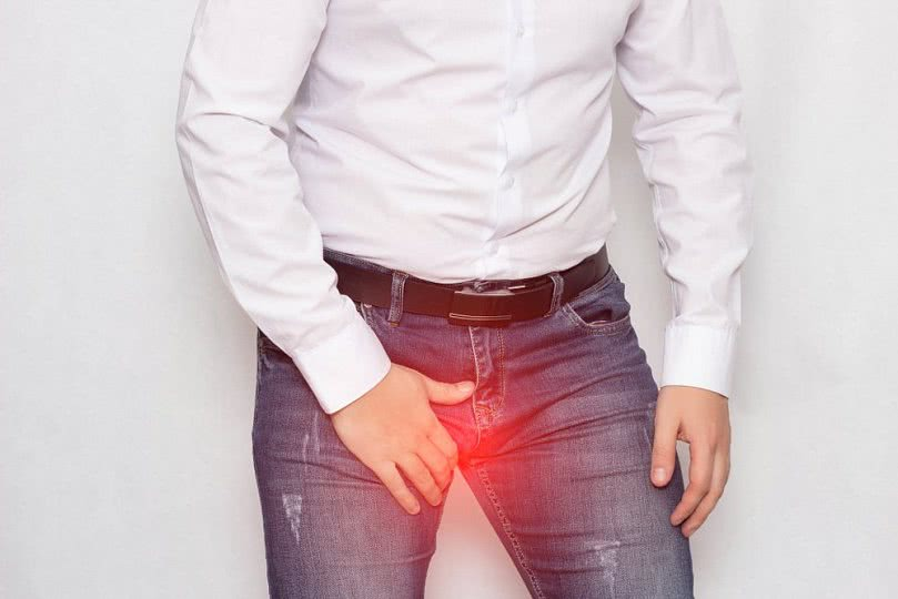 Гангренозное рожистое воспаление мошонки
