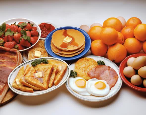 Как должен завтракать мужчина?