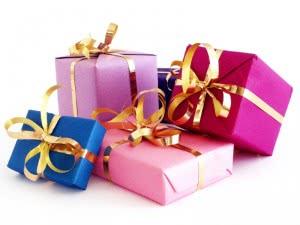 Как выбрать подарок женщине за сорок?