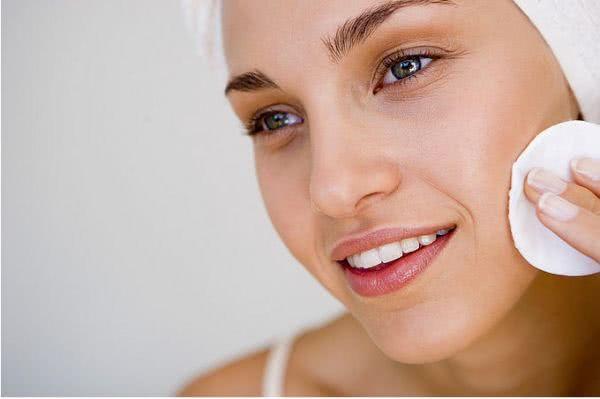 Как выполнять косметологические процедуры в домашних условиях