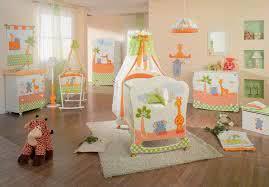 Комната для <a href='https://med-tutorial.ru/m-lib/b/book/4192350697/3' target='_self'>новорожденного</a>