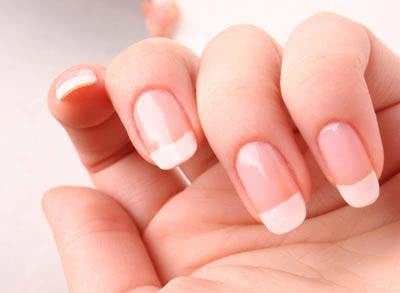 Красивые и здоровые ногти — залог привлекательности в любом возрасте