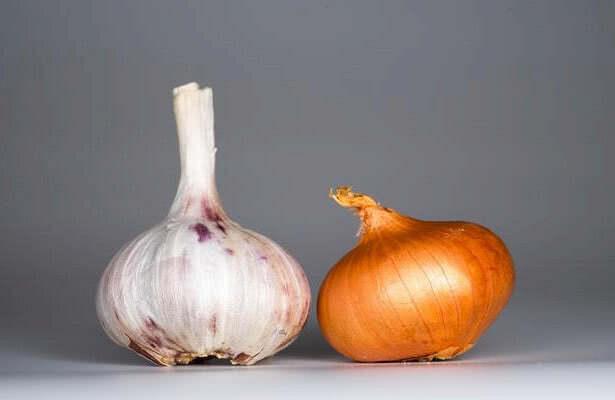 Лук и чеснок против грибковых заболеваний кожи