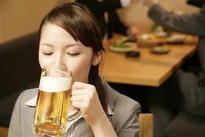 Пиво полезно для девичьего здоровья