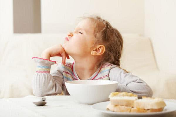 Почему у детей возникают нарушения пищевого поведения