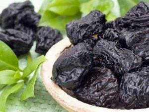 Польза употребления чернослива
