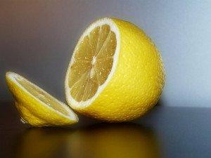 Лимон для обесцвечивания волос