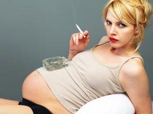 Вред курения при беременности